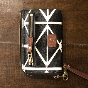 Like new Black and White Fossil Wallet